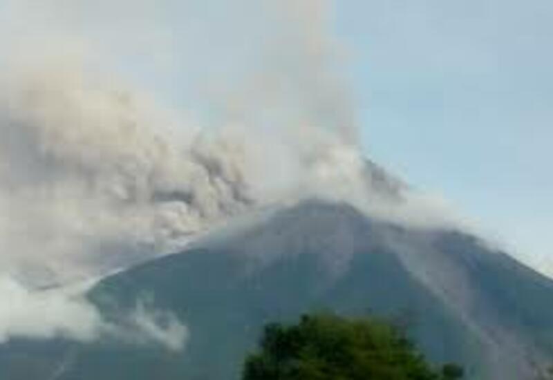 Вулкан Фуэго проснулся в Гватемале