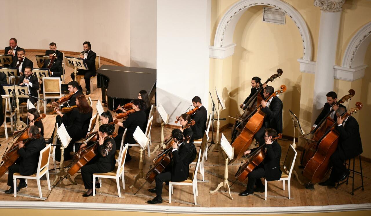 Концерт симфонической музыки на сцене Филармонии