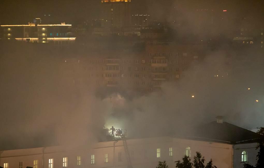 В общежитии Военного университета в Москве произошел пожар