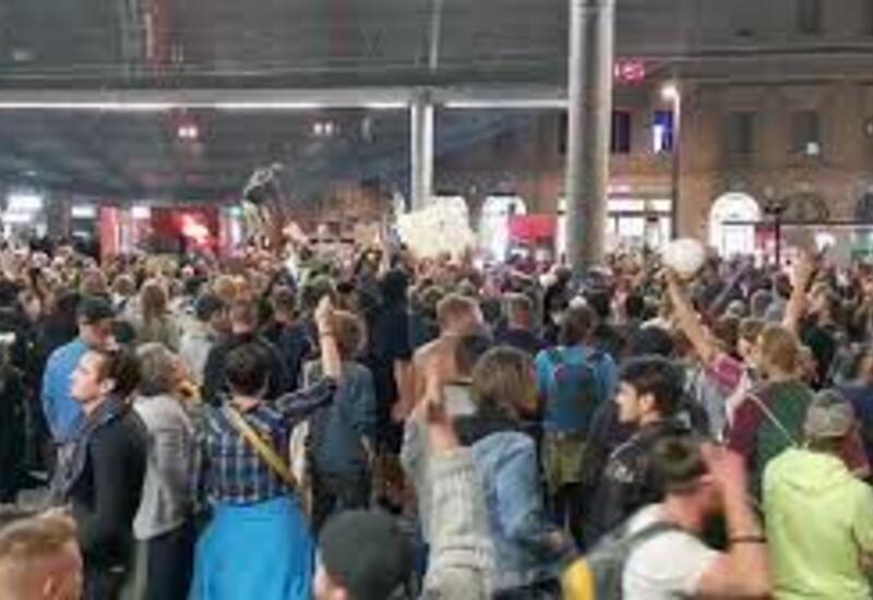 Антикоронавирусные протесты охватили швейцарский Берн