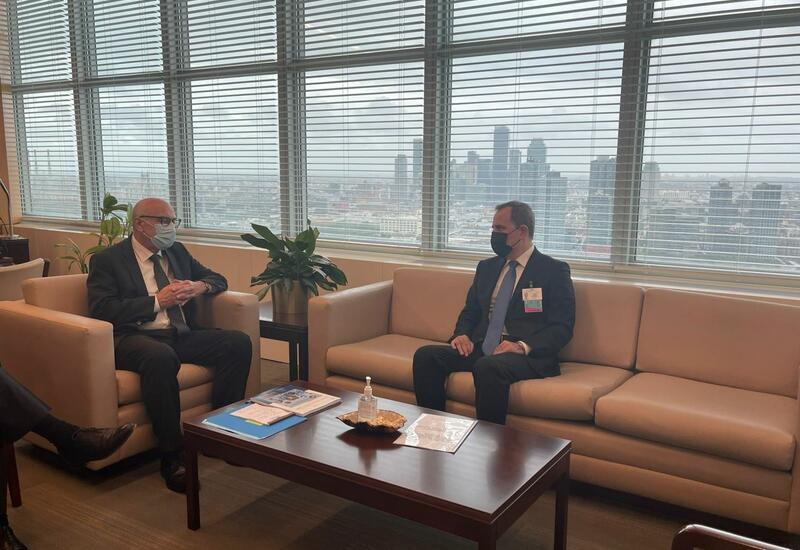 Джейхун Байрамов на переговорах с заместителем генсека ООН по борьбе с терроризмом