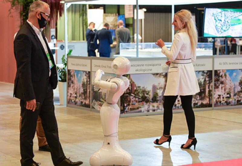 Найден способ заставить людей слушаться роботов