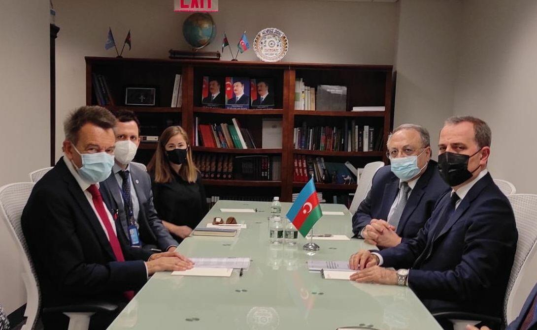 Глава МИД Азербайджана обсудил с руководителем МККК восстановительные работы в Карабахе