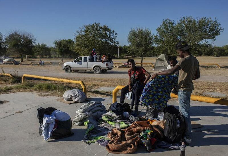 Власти США ликвидировали лагерь гаитянских беженцев в Дель-Рио
