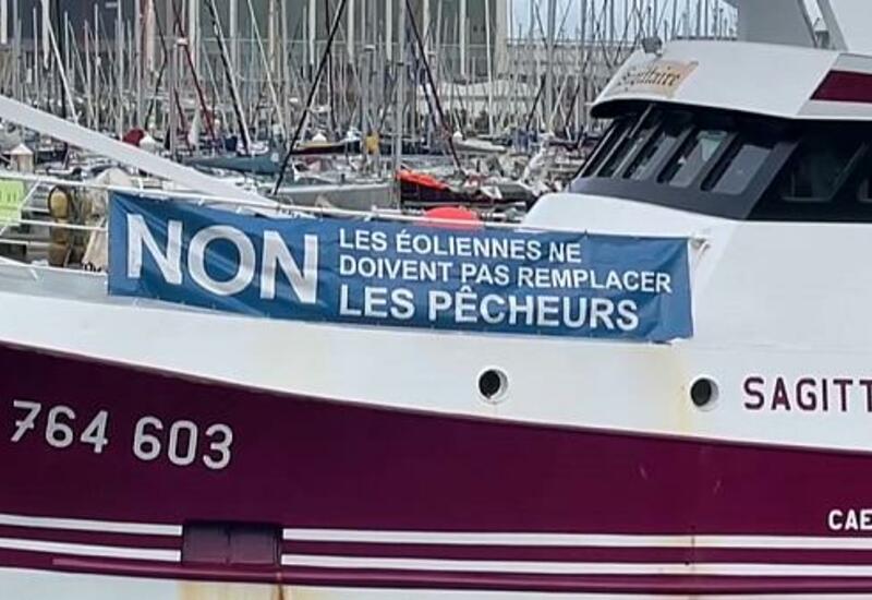 Франция: рыбаки протестуют против ветрогенераторов