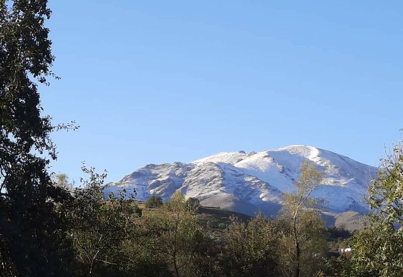 В Азербайджане выпал первый снег