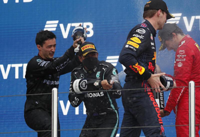 """Хэмилтон одержал 100-ю победу в """"Формуле-1"""", выиграв Гран-при России"""