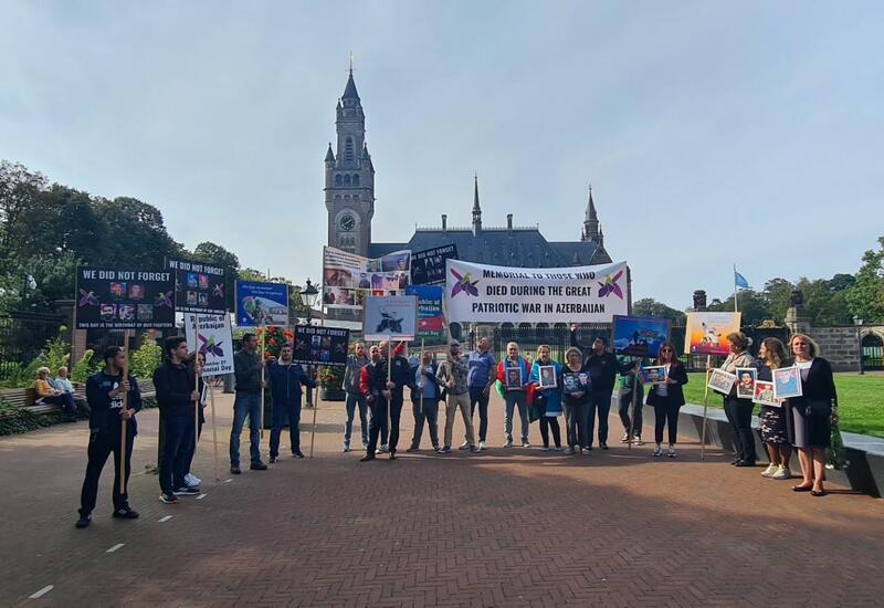 В Гааге прошло шествие, приуроченное ко Дню памяти шехидов Отечественной войны Азербайджана