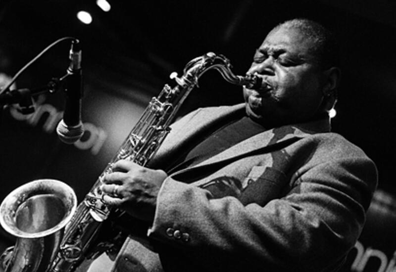 Умер легендарный американский саксофонист