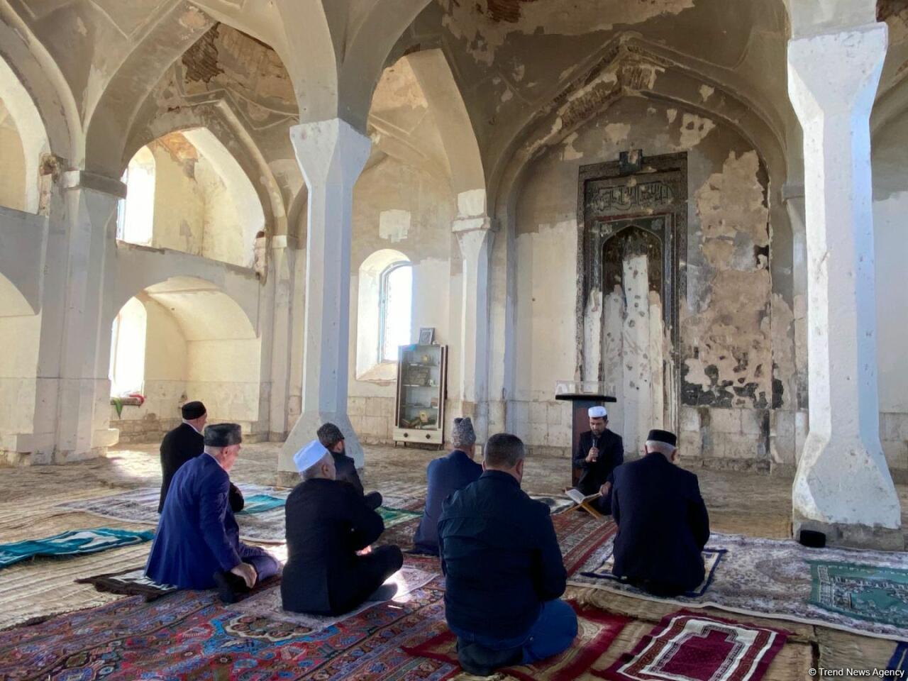 В Джума-мечети в Агдаме прошла церемония в память о шехидах
