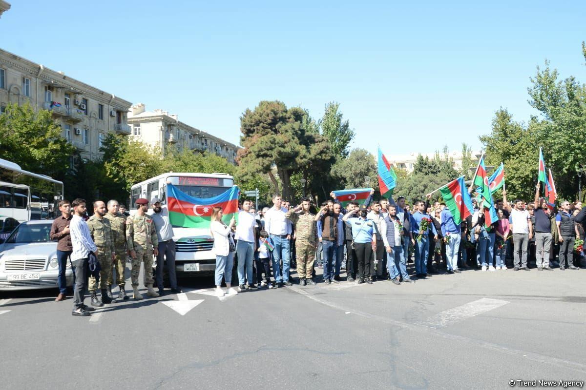 В Азербайджане почтена память шехидов Отечественной войны