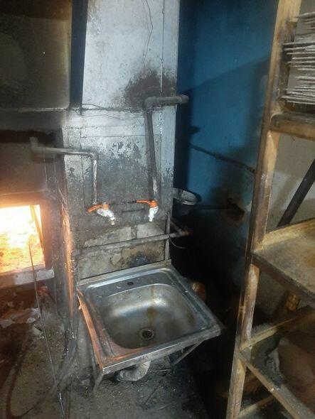 В Гедабейском районе закрыли хлебопекарню
