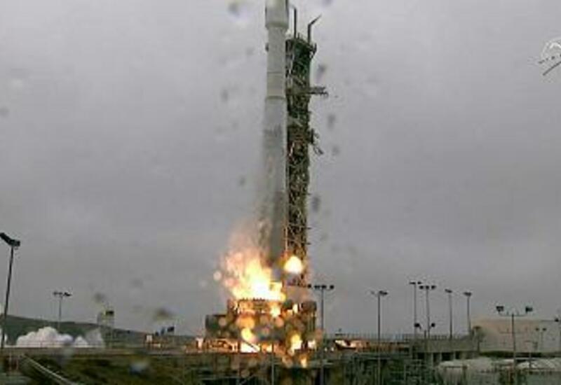 США запустили самый мощный в истории спутник