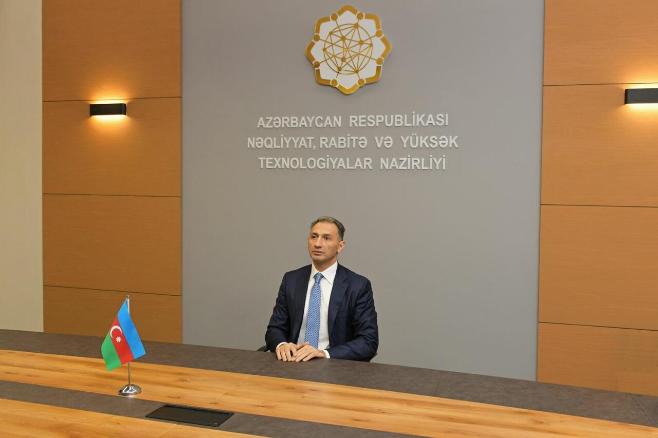 """Рашад Набиев принял участие в 18-м """"круглом столе"""" министров науки и технологий более 50 стран"""