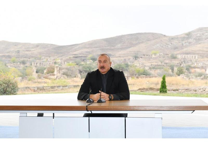 Президент Ильхам Алиев ответил Ирану: Пусть раскроют глаза, посмотрят. Где они увидели здесь Израиль?!