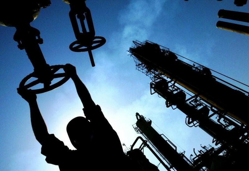 ОПЕК+ сегодня примет решение по добыче нефти