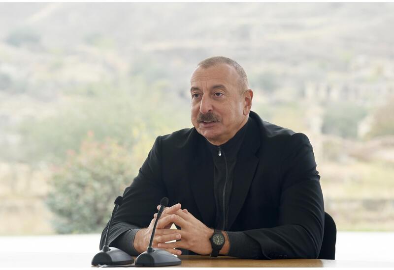 """Президент Ильхам Алиев: Мифологии положен конец, никто не говорит о """"непобедимой армянской армии"""""""