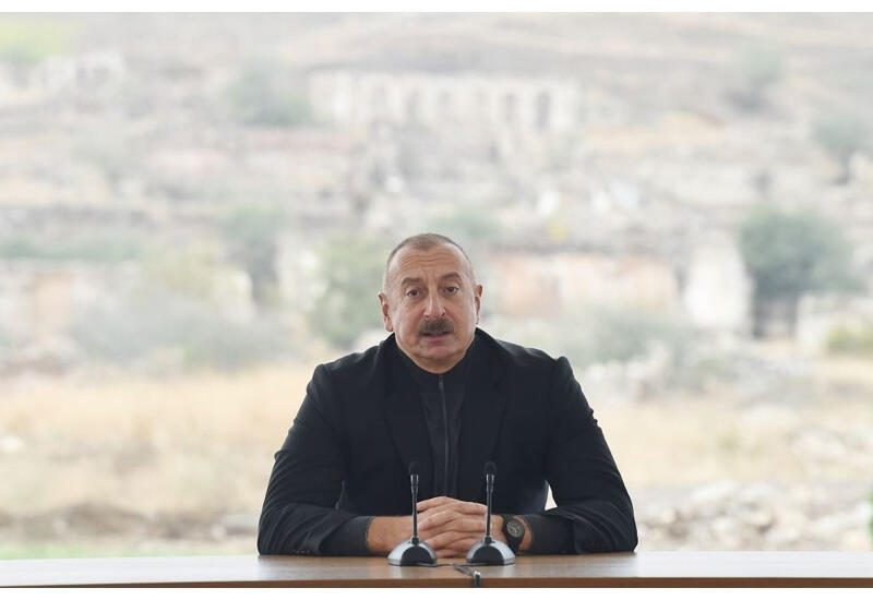 Президент Ильхам Алиев: Какой-то провинциальный иранский мулла распространял клевету об Азербайджане, я сказал: не обращайте внимания