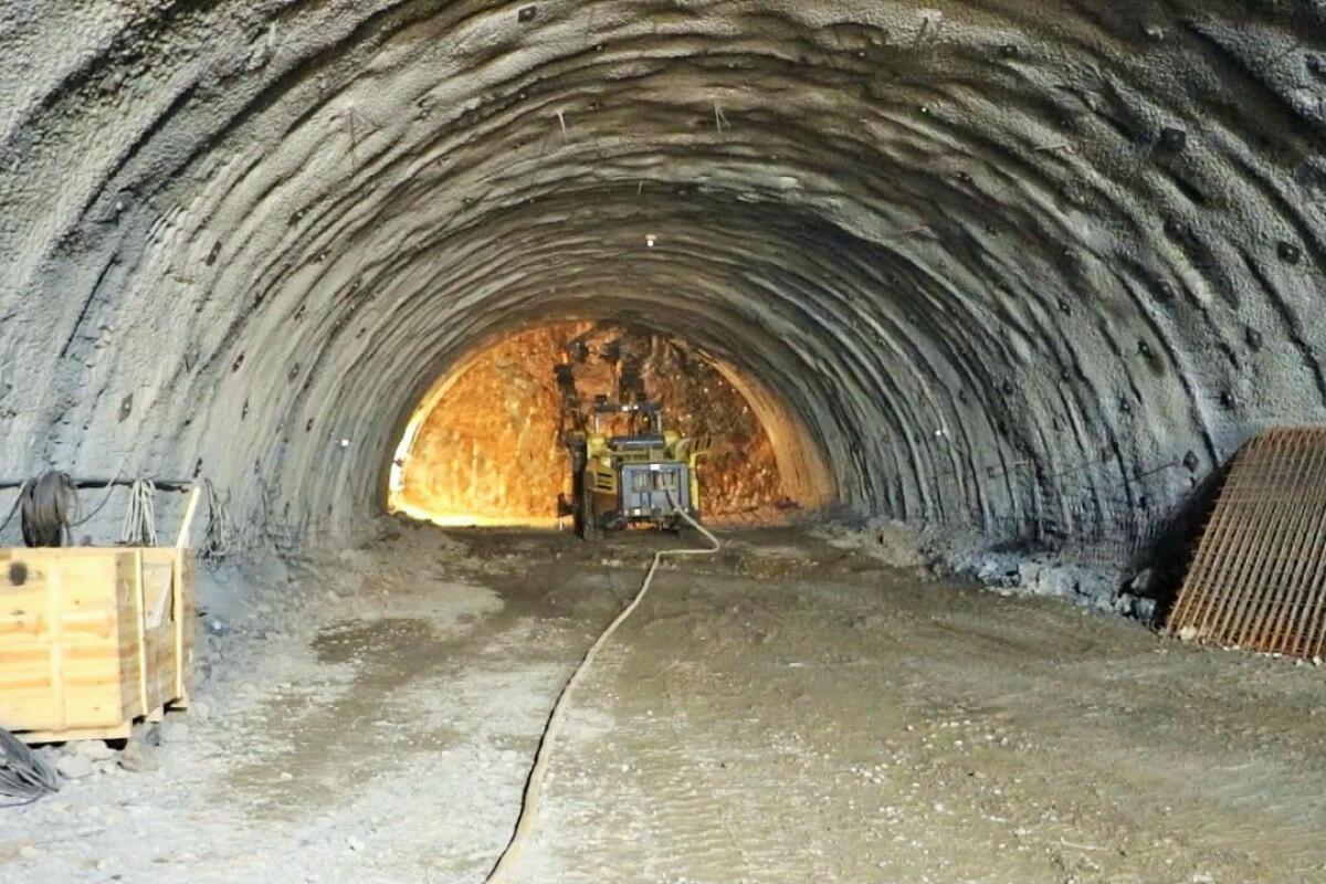 Продолжается строительство туннеля Муровдаг