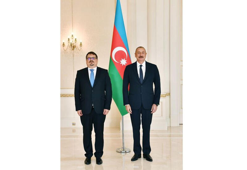 Президент Ильхам Алиев: Мы хотим перевернуть страницу, наладить связи с нашим соседом Арменией