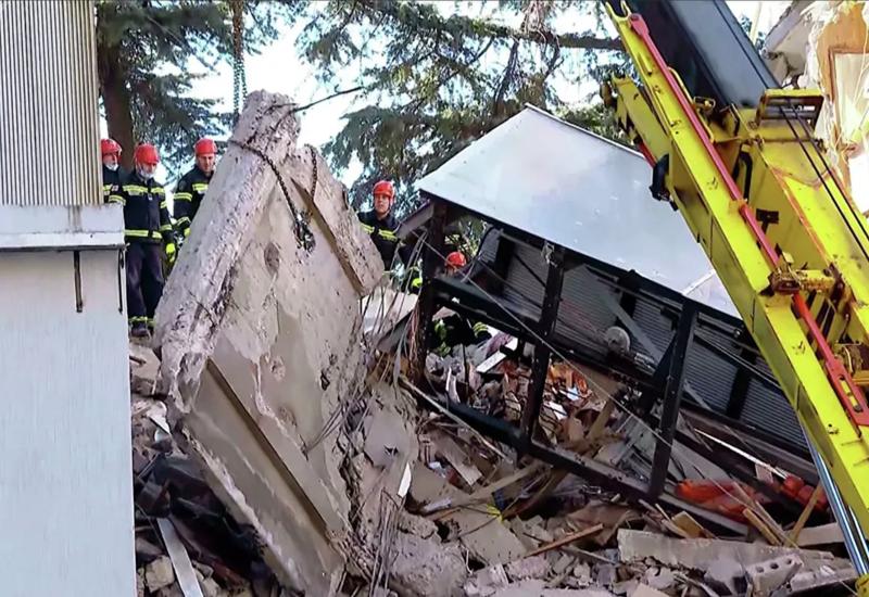Обрушение дома в Батуми: число жертв возросло до 6