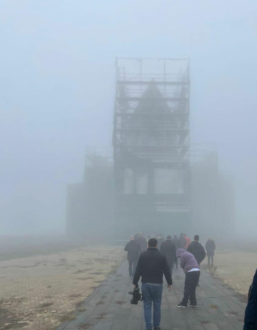 Дипломаты и иностранные журналисты посетили исторические и религиозные памятники в Шуше
