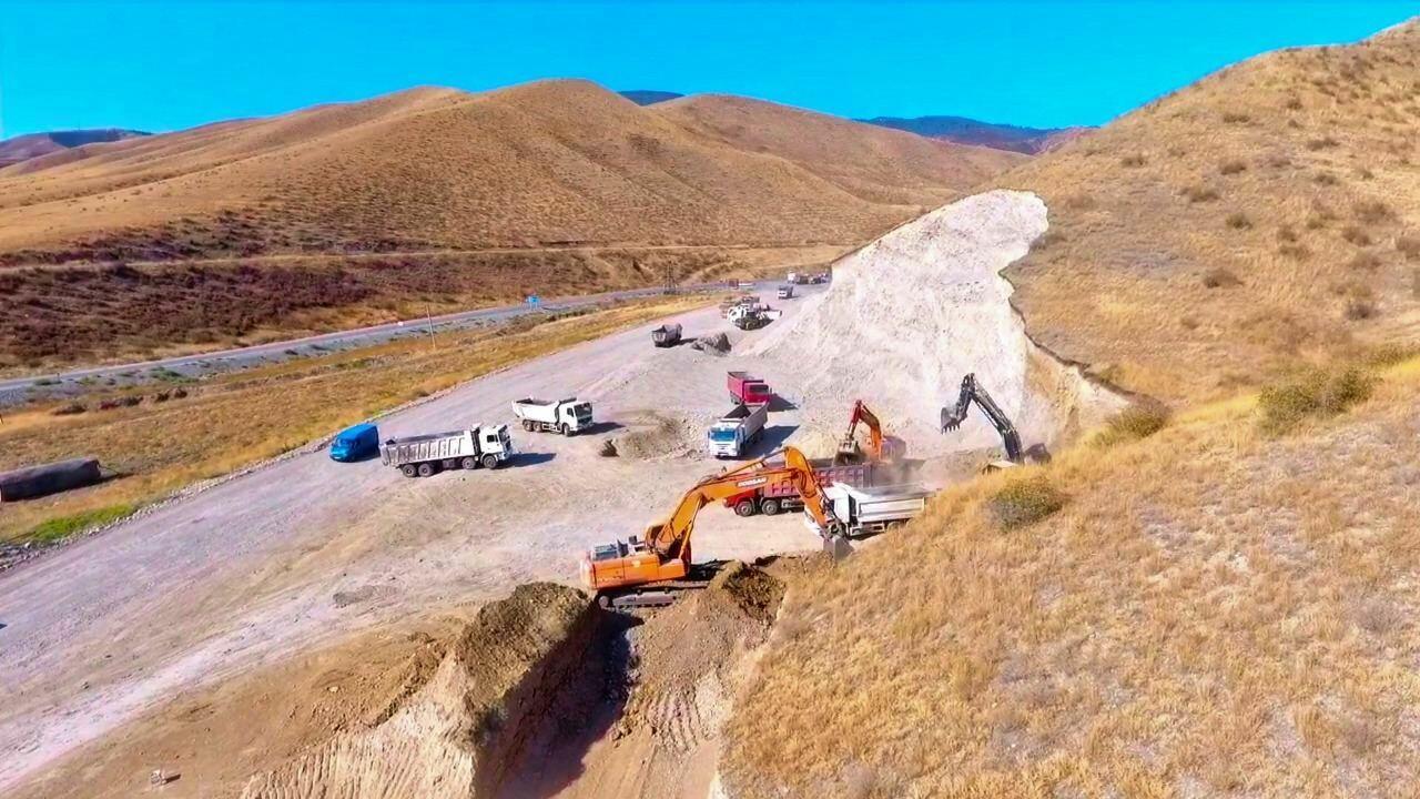 Масштабные строительные работы на дороге Талыш-Тапгарагоюнлу-Гашалты-Нафталан