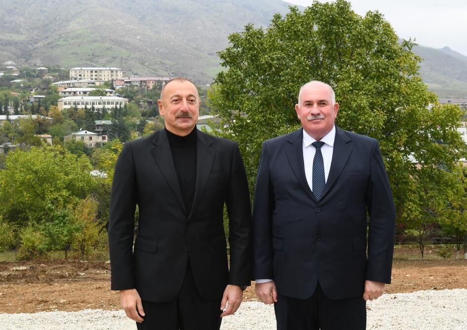 Президент Ильхам Алиев встретился с представителями общественности Ходжавендского района