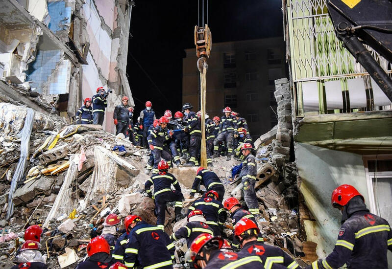Стало известно о состоянии единственного выжившего после обрушения дома в Батуми