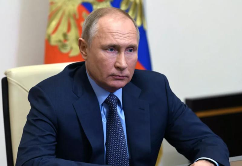 Путин пока не прошел ревакцинацию от коронавируса