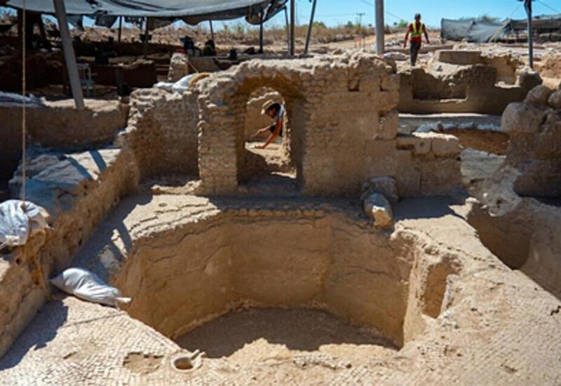 Израильские археологи обнаружили гигантский древний завод вина