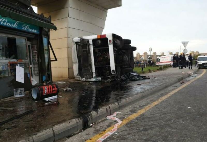 Обнародованы детали тяжелого ДТП с автобусом в Баку