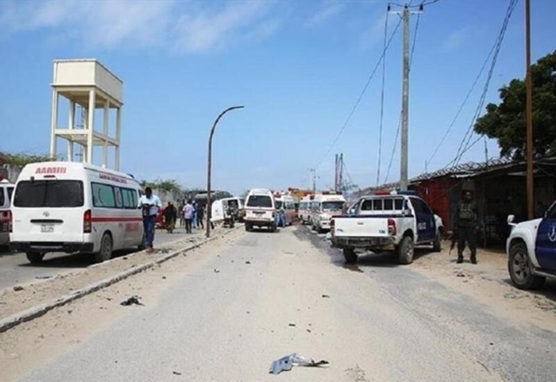 В Сомали смертник взорвал кафе с посетителями