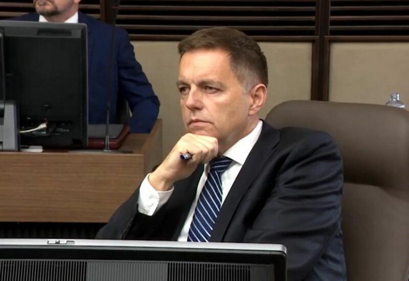 Обвиненный в коррупции глава Нацбанка Словакии останется на посту