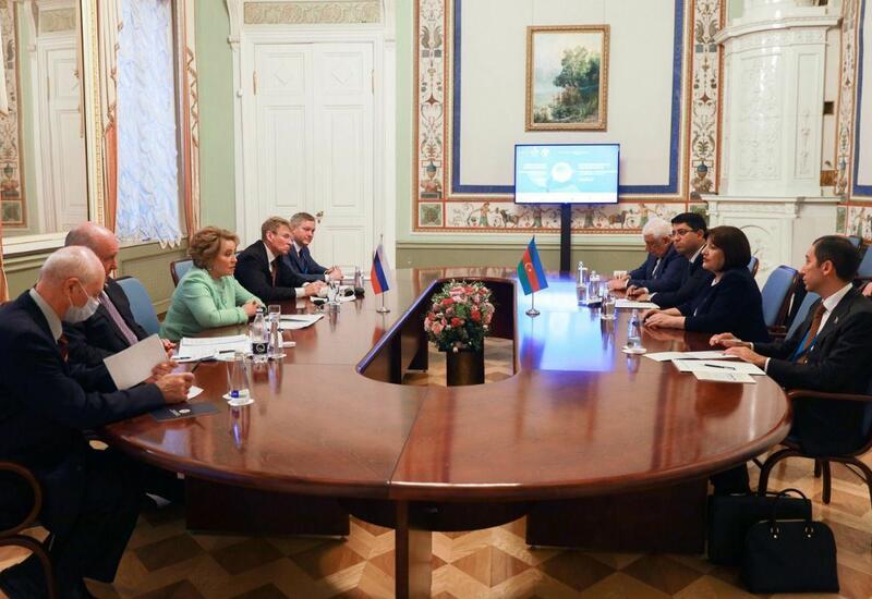 Председатель парламента Азербайджана провела встречу с Валентиной Матвиенко
