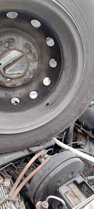 Армяне обстреляли азербайджанскую автоколонну в Карабахе