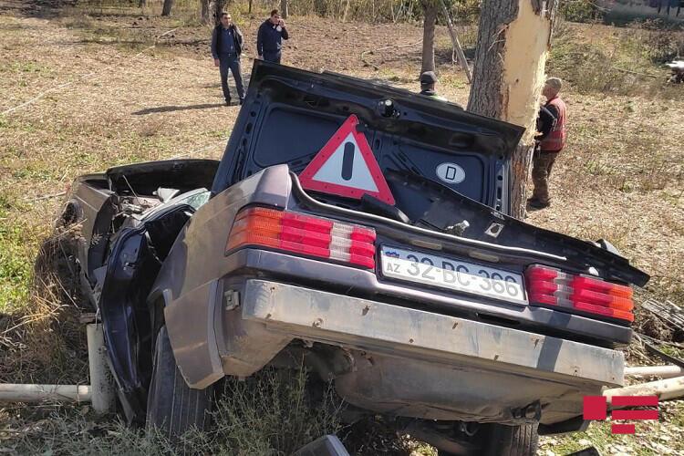 В Гедабеке сотрудник полиции погиб в ДТП