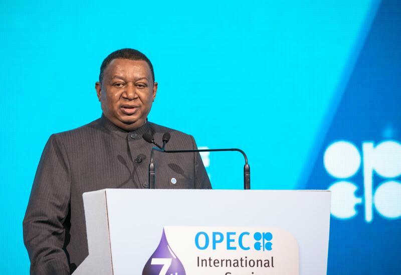 Генсек ОПЕК заявил, что новые штаммы коронавируса повлияли на ситуацию на нефтяном рынке