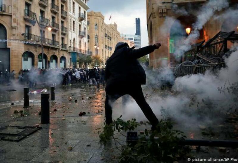 В Бейруте обстреляли протестующих, есть погибший и раненые