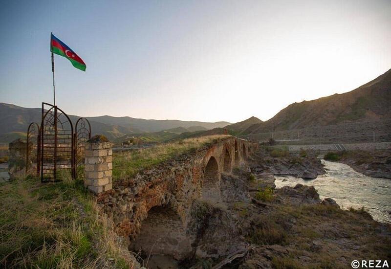 Преступный бизнес - как Армения и Иран грабили азербайджанские земли