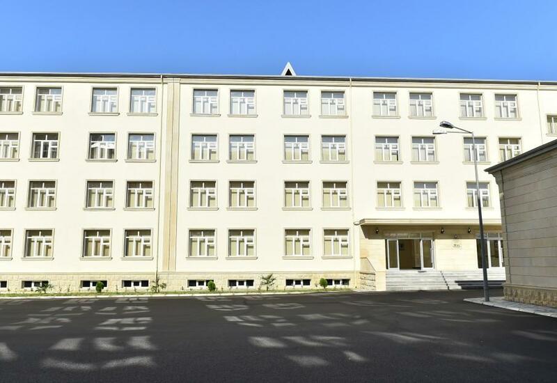 В Баку гимназия перешла на дистанционное обучение