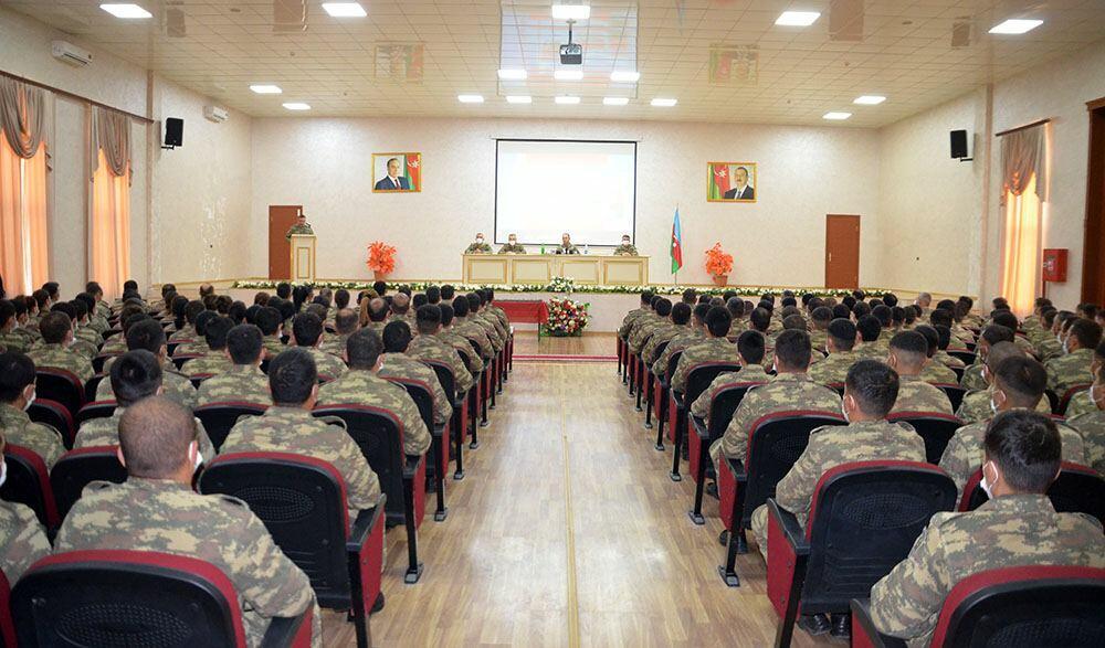 Награждена группа азербайджанских миротворцев, участвовавших в миссии в Афганистане