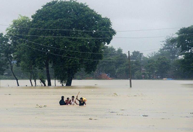 6 человек пропали без вести при наводнении на Тайване