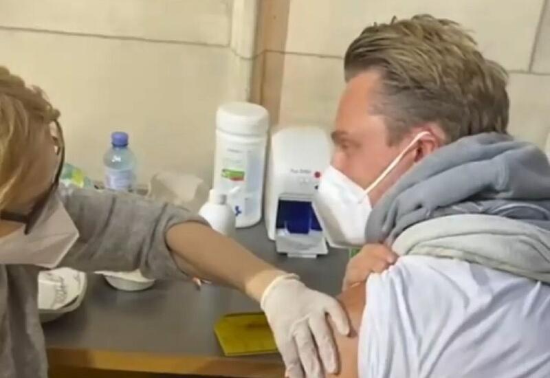 Известный бакинец призвал всех вакцинироваться
