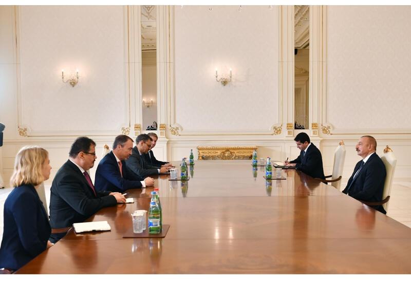 Президент Ильхам Алиев принял спецпредставителя ЕС