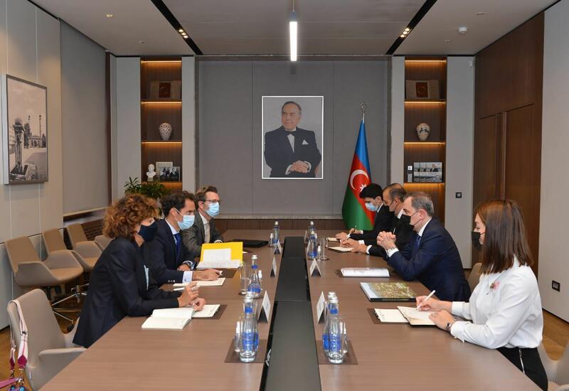 Джейхун Байрамов и спецпредставитель НАТО обсудили ситуацию в регионе