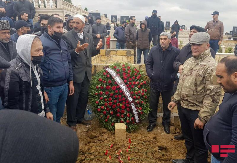 Журналист Эльнур Ашрафоглу похоронен