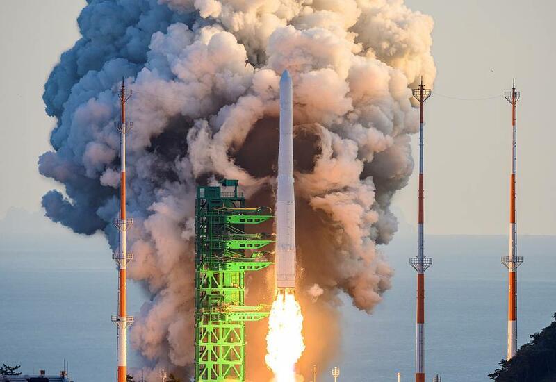 """Первая южнокорейская ракета-носитель """"Нури"""" стартовала с космодрома Наро"""