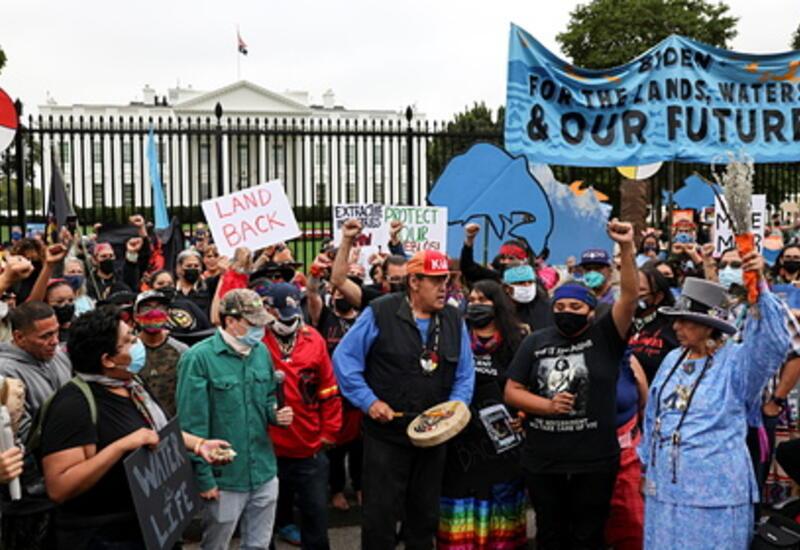 Напуганные проблемами с климатом американцы устроили голодовку у Белого дома