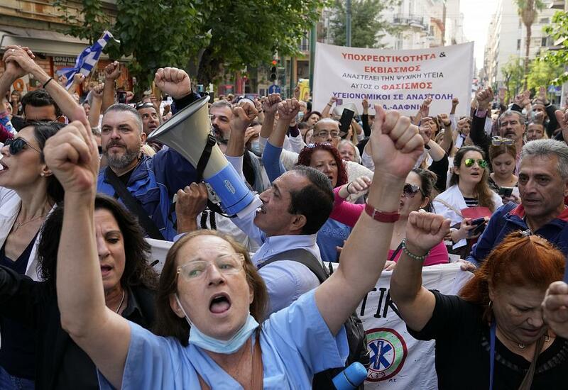 Врачи греческих больниц вышли на забастовку